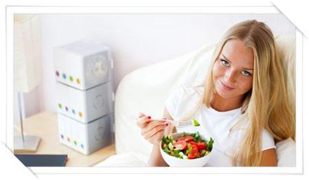 間違いなく痩せる!食事の前に必ずサラダ、野菜を食べる習慣05